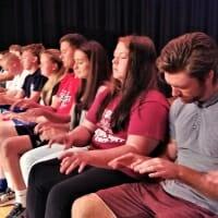 Hipnotizirani Studenti